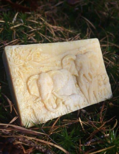 Kronseifen handgemachte SeifeNaturseife Naturkosmetik